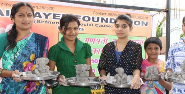 Clay Ganesh Workshop, Maitrayee Foundation